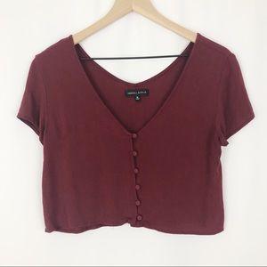 Kendall & Kylie Button Up Short Sleeve Crop |B01